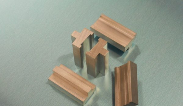 small angle block 14mm slot 2